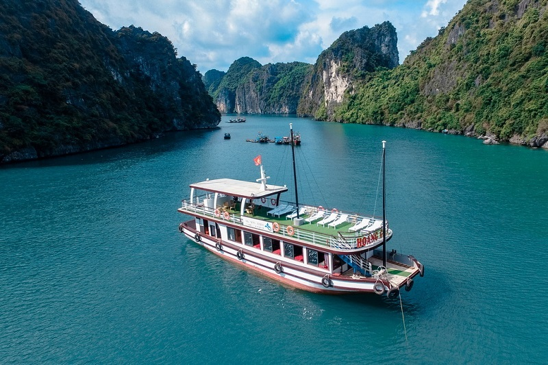 ARCADY CRUISE- HALONG- LAN HA- CAT BA 1 DAY TRIP