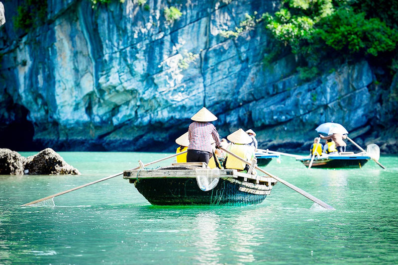 HALONG BAY 1 DAY (4 Hours)